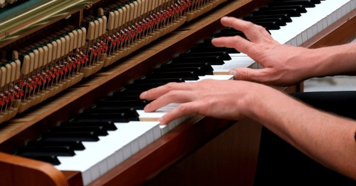 7 handpicked mics for Piano Recording