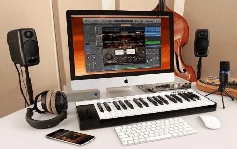 iLoud Compact Studio Monitor