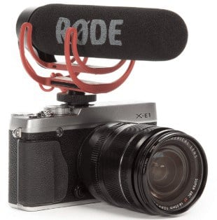 Rode VideoMic GO attached to camera